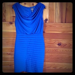 Adrianna Papell, size 6, Blue Dress 👗